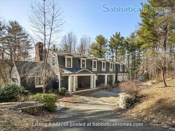 Tranquility and convenience in a coveted neighborhood in the Boston area Home Rental in Weston, Massachusetts, United States 4