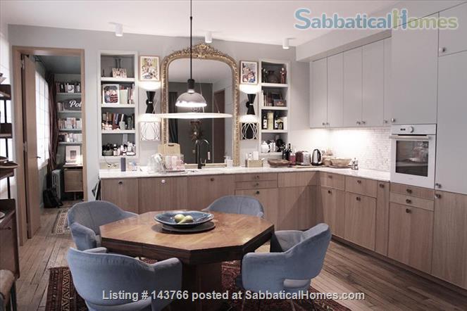Elegant 100 sqm 3 bedrooms apartment in Bastille trendy neighborhood  Home Rental in Paris, IDF, France 1