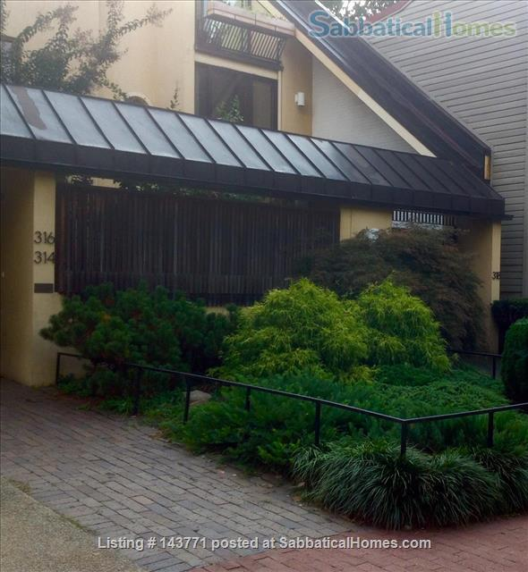 2 BR, 2 BA Capital Hill, Near Eastern Market Home Rental in Washington, District of Columbia, United States 0