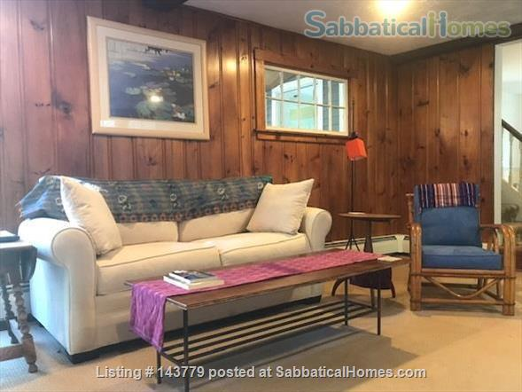 Lovely home in a lovely rural setting - 15 minutes from Amherst Home Rental in Shutesbury, Massachusetts, United States 4