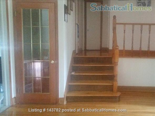 Beautiful Furnished House with 4 bedrooms and 2 bath, Utilities included,  interior parking  Home Rental in Côte Saint-Luc, Quebec, Canada 2
