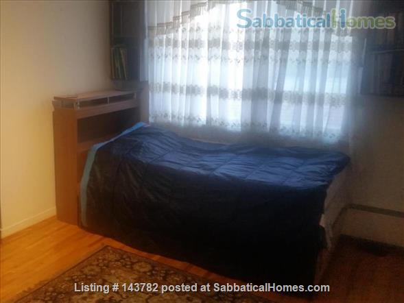 Beautiful Furnished House with 4 bedrooms and 2 bath, Utilities included,  interior parking  Home Rental in Côte Saint-Luc, Quebec, Canada 5