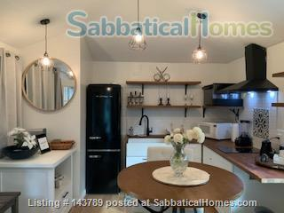 Charming State of the Art Cottage in Tropical Setting Home Rental in Redwood City, California, United States 1