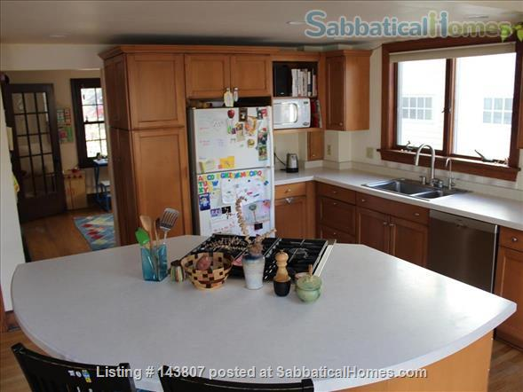 Beautiful Home in Family-Friendly Neighborhood Short Walk from UW Campus, Schools, and Shops Home Rental in Madison, Wisconsin, United States 2