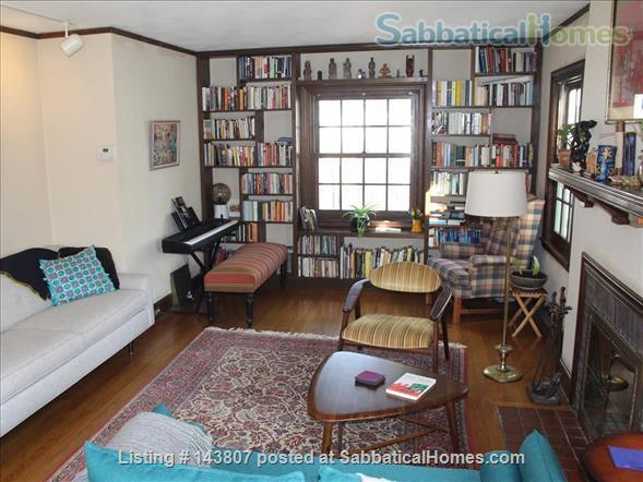Beautiful Home in Family-Friendly Neighborhood Short Walk from UW Campus, Schools, and Shops Home Rental in Madison, Wisconsin, United States 3