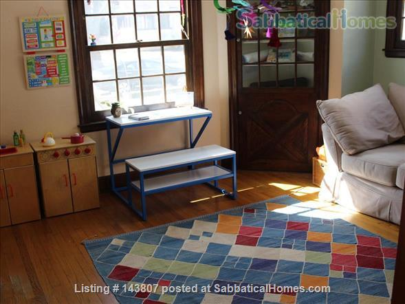 Beautiful Home in Family-Friendly Neighborhood Short Walk from UW Campus, Schools, and Shops Home Rental in Madison, Wisconsin, United States 5