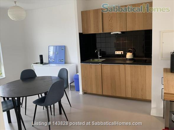 Great location in Kreuzberg, top floor, lots of light Home Rental in Berlin 2 - thumbnail