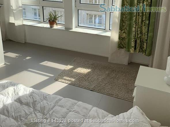 Great location in Kreuzberg, top floor, lots of light Home Rental in Berlin 5 - thumbnail