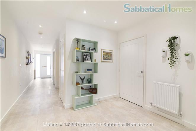 Large and new apartment in a new and young London neighbourhood, 15 minutes from city Centre Home Rental in Walthamstow, England, United Kingdom 6