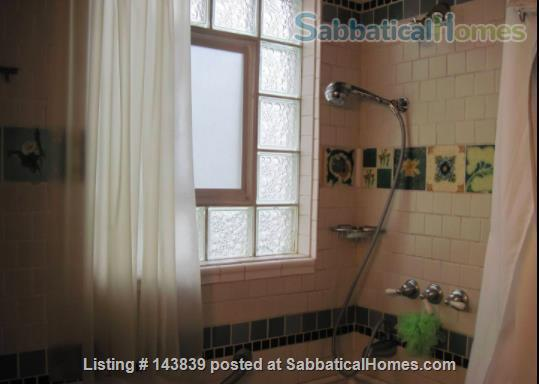 Cute + cozy furnished bungalow - the entire 1st floor is yours Home Rental in Chicago, Illinois, United States 0