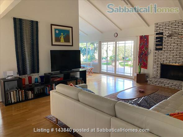 Sunny Huntington Beach midcentury close to beaches and downtown Home Rental in Huntington Beach, California, United States 1