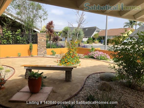 Sunny Huntington Beach midcentury close to beaches and downtown Home Rental in Huntington Beach, California, United States 2