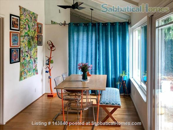 Sunny Huntington Beach midcentury close to beaches and downtown Home Rental in Huntington Beach, California, United States 6
