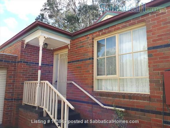 Nice suburb with parks, shops. Furnished 3 bedroom, courtyard. Home Rental in Macleod, Victoria, Australia 1