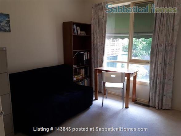 Nice suburb with parks, shops. Furnished 3 bedroom, courtyard. Home Rental in Macleod, Victoria, Australia 3
