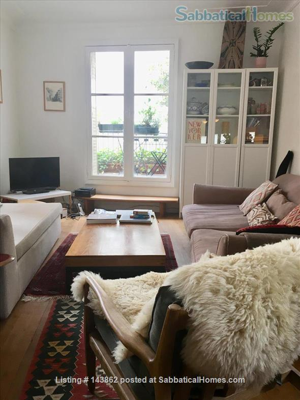 Great apartment in latin quarter with two terraces Home Rental in Paris, Île-de-France, France 2