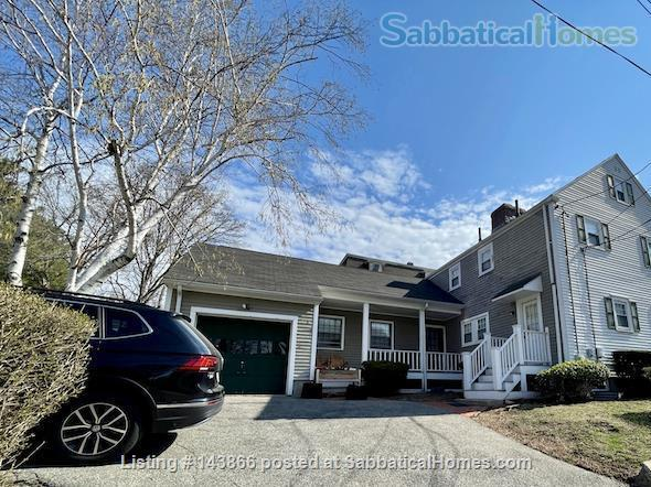 4 BR House w/ Driveway Near Tufts and Davis Square Home Rental in Somerville, Massachusetts, United States 0