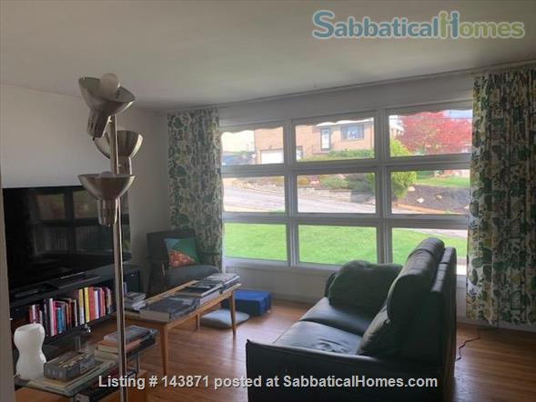 3 Bedroom Furnished House Near Downtown Home Rental in Pittsburgh, Pennsylvania, United States 2