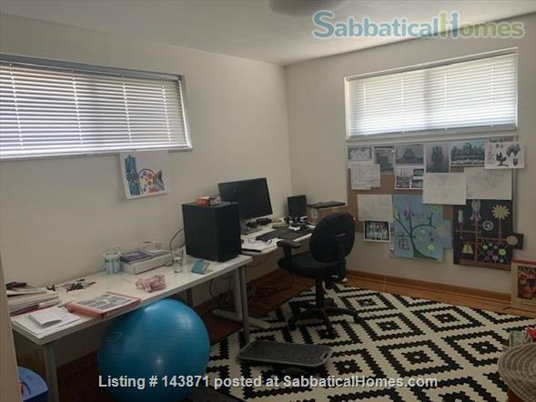 3 Bedroom Furnished House Near Downtown Home Rental in Pittsburgh, Pennsylvania, United States 7