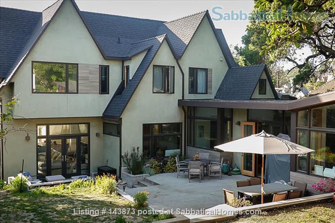 Modern Light-filled Remodeled Home  Home Rental in Berkeley, California, United States 6
