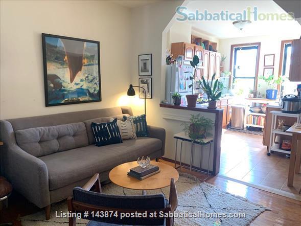 Lots of workspace & windows in Bushwick/Ridgewood Home Rental in Ridgewood, New York, United States 1