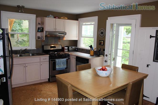 Fall Creek Home - walkable and inviting Home Rental in Ithaca, New York, United States 0