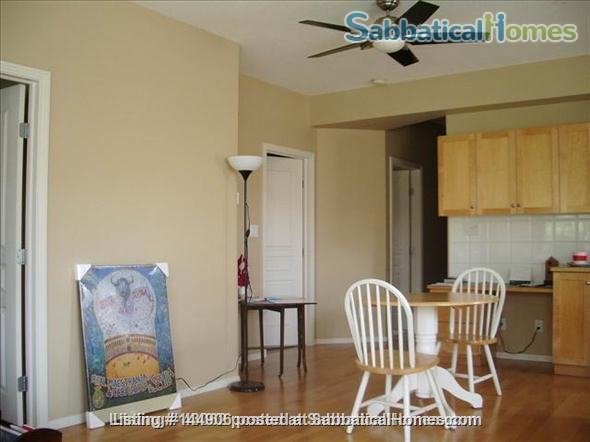 BEAUTIFUL 2BR/2BATHROOM RIVER VALLEY CONDO Home Rental in Edmonton, Alberta, Canada 4
