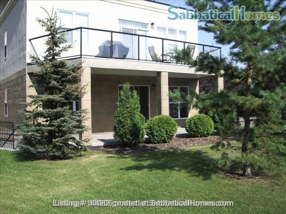 BEAUTIFUL 2BR/2BATHROOM RIVER VALLEY CONDO Home Rental in Edmonton, Alberta, Canada 6
