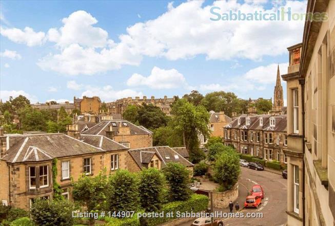 3-Bed Flat in Central Edinburgh for 21/22 academic year Home Exchange in Edinburgh, Scotland, United Kingdom 9