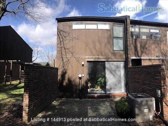 1br + office/guest room mid-century townhouse, furnished Home Rental in State College, Pennsylvania, United States 9