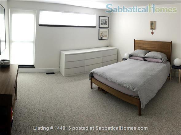 1br + office/guest room mid-century townhouse, furnished Home Rental in State College, Pennsylvania, United States 6