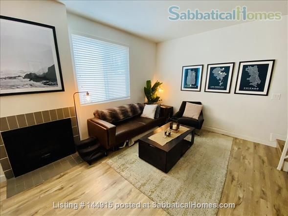 Beverly Hills Adjacent Townhome (2bdrm/2bath) Home Exchange in Beverly Hills, California, United States 9