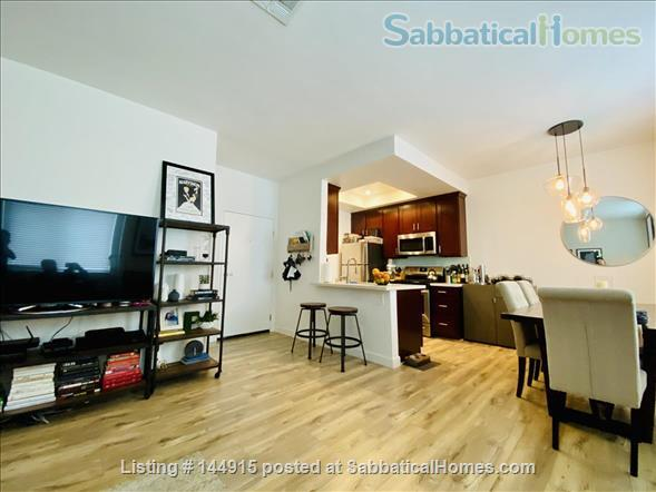 Beverly Hills Adjacent Townhome (2bdrm/2bath) Home Rental in Beverly Hills, California, United States 1