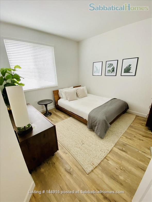 Beverly Hills Adjacent Townhome (2bdrm/2bath) Home Rental in Beverly Hills, California, United States 4