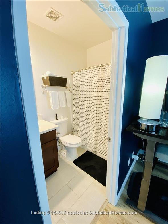 Beverly Hills Adjacent Townhome (2bdrm/2bath) Home Rental in Beverly Hills, California, United States 7