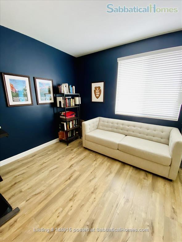 Beverly Hills Adjacent Townhome (2bdrm/2bath) Home Rental in Beverly Hills, California, United States 8
