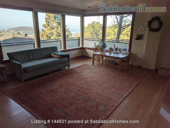 Light-filled, Spacious, Garden-setting Family home with Bay Views Home Rental in El Cerrito, California, United States 4