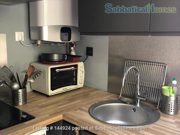 Cozy Apartment in the Heart of Paris Home Rental in Paris, Île-de-France, France 4
