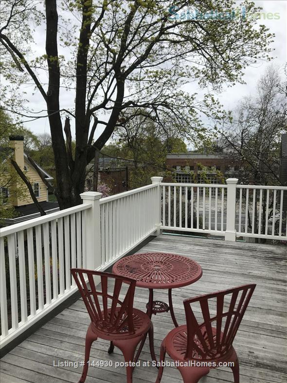Beautiful 3-BR, 2-bath home near Harvard and Brandeis Home Rental in Belmont, Massachusetts, United States 9