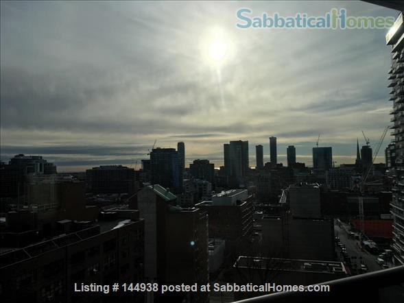Downtown 1-Bedroom Condo (New Building) close to the Eaton Centre Home Rental in Toronto, Ontario, Canada 2