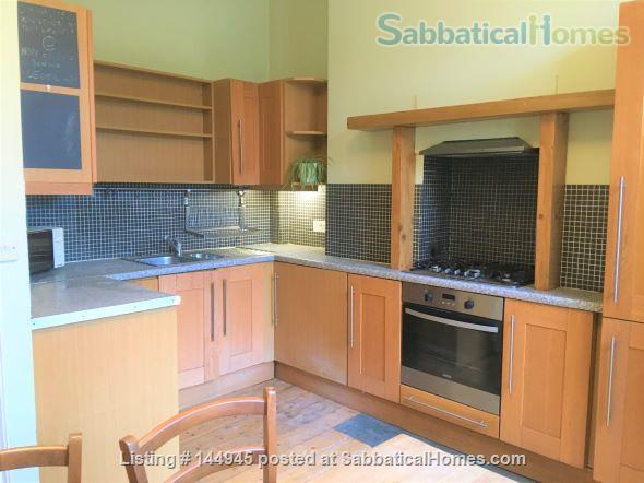 Light and Spacious 3-bed flat  with garden with excellent transport links to Central London Home Rental in Finsbury Park, England, United Kingdom 2