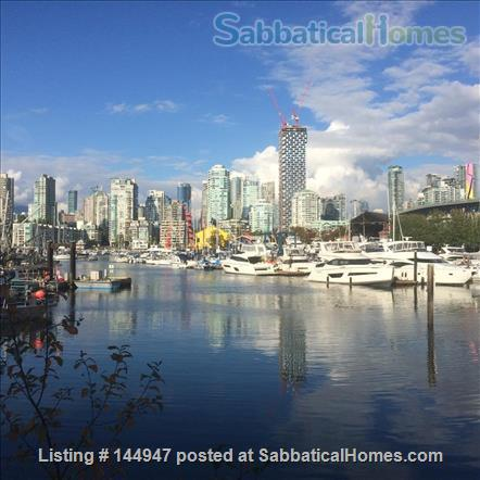 Perfectly convenient to downtown, without the noise! Home Rental in Vancouver, British Columbia, Canada 0