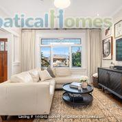 Character Home Home Rental in Vancouver, British Columbia, Canada 3