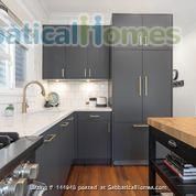 Character Home Home Rental in Vancouver, British Columbia, Canada 5