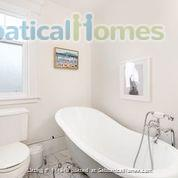 Character Home Home Rental in Vancouver, British Columbia, Canada 6