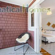 Character Home Home Rental in Vancouver, British Columbia, Canada 8