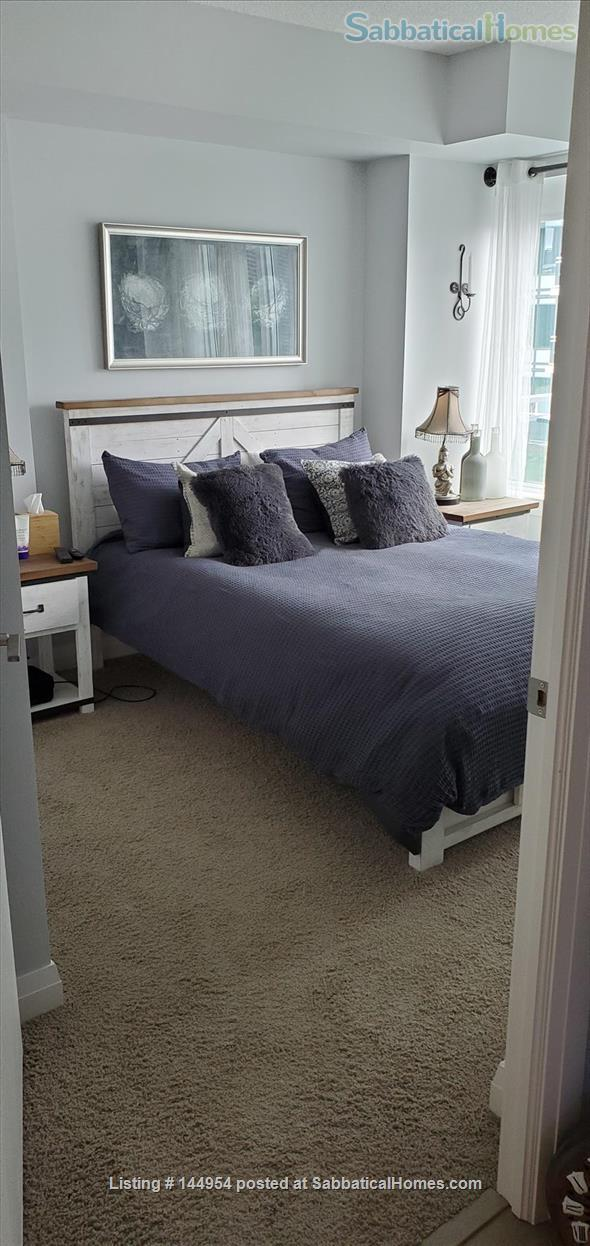 Luxury 2 bed-2 bath Furnished Condo with Underground Parking, Gym Home Rental in Guelph, Ontario, Canada 0