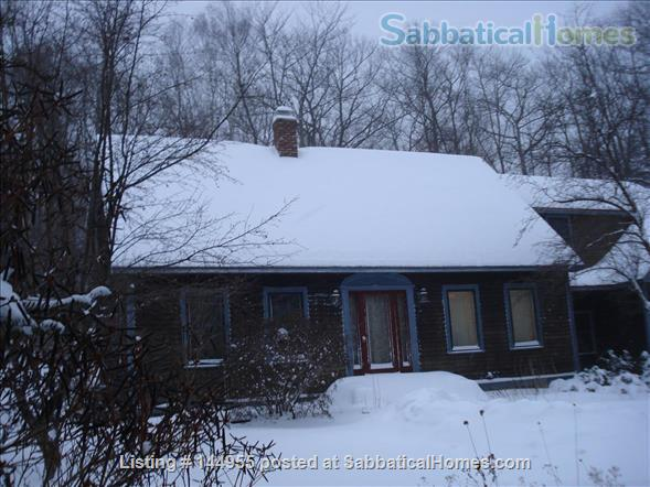 Feels like a retreat but close to 5 colleges Home Exchange in Williamsburg, Massachusetts, United States 1