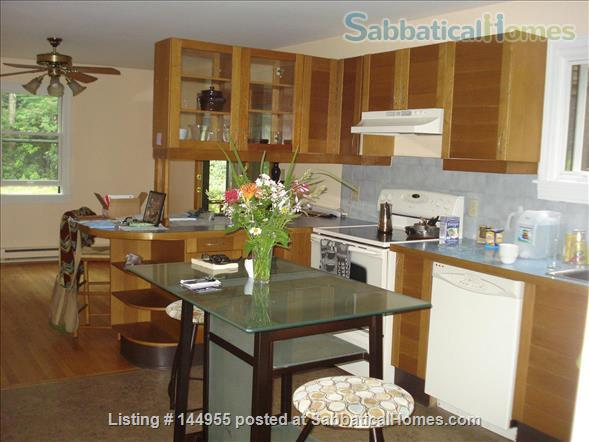 Feels like a retreat but close to 5 colleges Home Exchange in Williamsburg, Massachusetts, United States 8