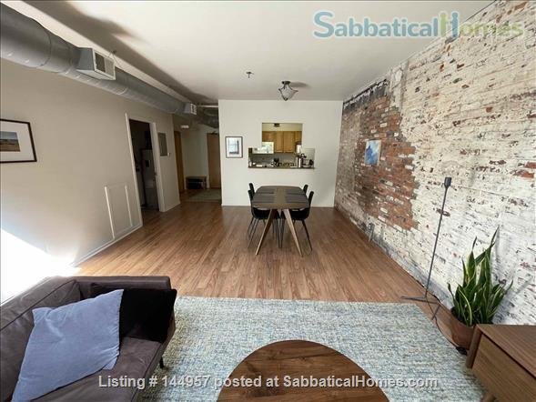 One bedroom airy loft with perfect location in downtown Ann Arbor Home Rental in Ann Arbor, Michigan, United States 2